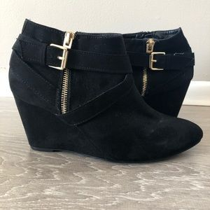 NWOT Wedge Ankle Boots